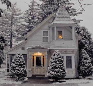 145930_snowy house